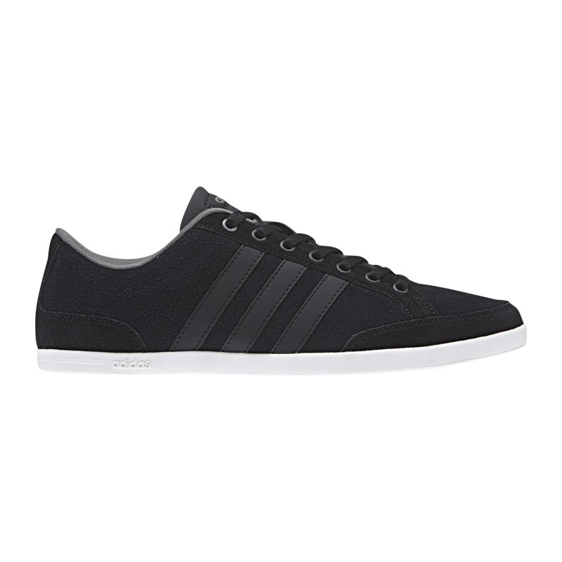 Chaussures basses Adidas Caflaire RTfQwhwqc