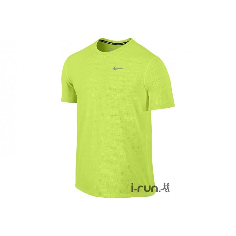 017abd3a553a81 Avis   test - Nike Tee-Shirt Dri-Fit Contour M vêtement running ...