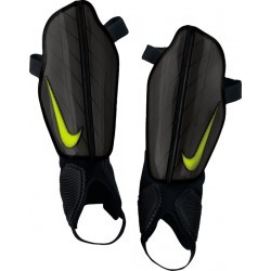 PROTECTION FOOTBALL   NIKE PROTEGES TIBIAS ATTACK STADIUM